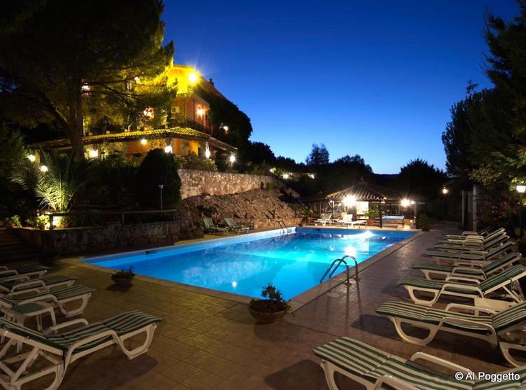 Agriturismo in sicilia per famiglie bambini con la - Residence con piscina in sicilia ...