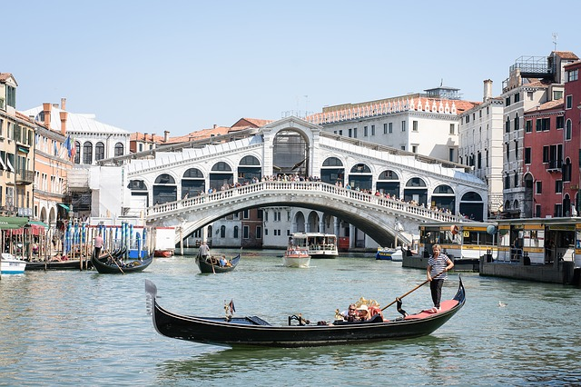 ponte rialto venezia con bambini