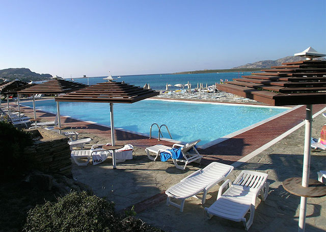 piscina a stintino