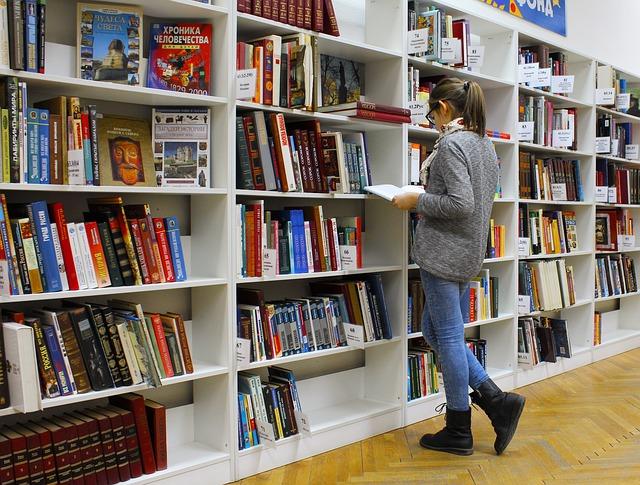 viaggiare in biblioteca