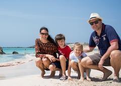 bambini con la valigia viaggi vacanze lifestyle