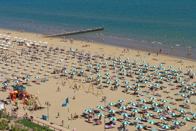 spiaggia jesolo a settembre