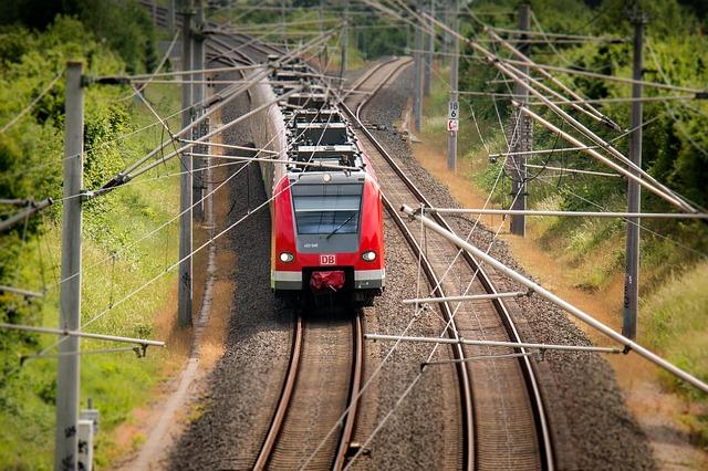 viaggiare in treno su DB