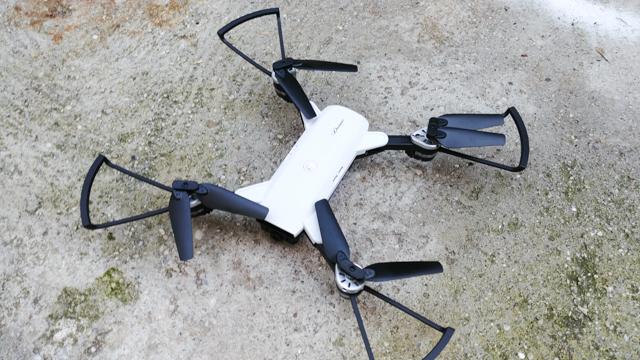 mini drone giocattolo