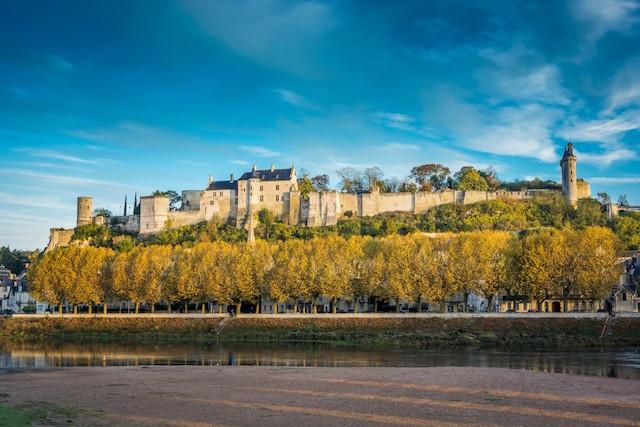 Chinon tour Loira