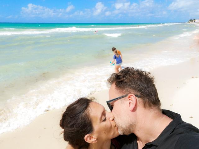 bacio spiaggia Messico
