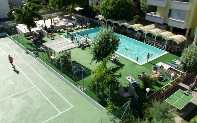 hotel con piscina a Ravenna