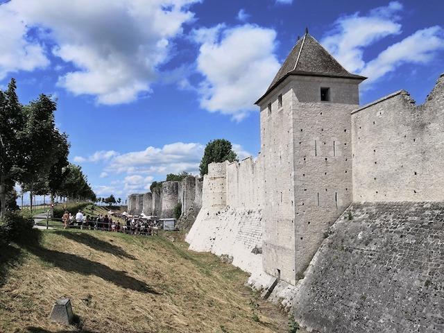 mura Provins