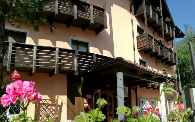 hotel a Dimaro Val di Sole