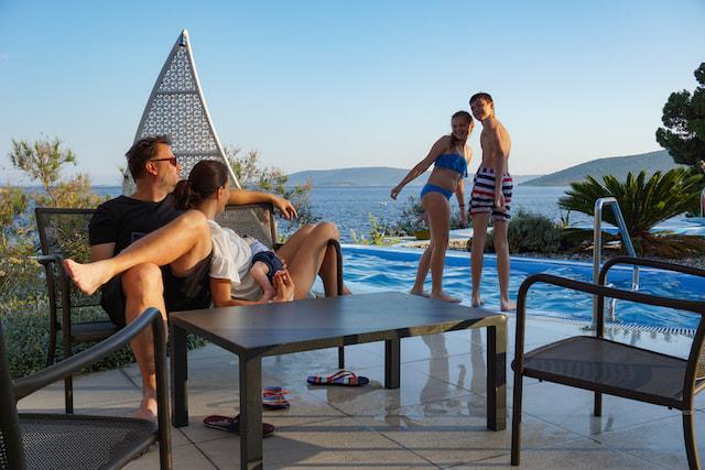 Camping Belvedere piscina
