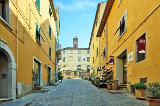 borgo Castagneto