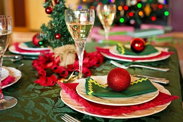 cena con Babbo Natale a Finale Ligure