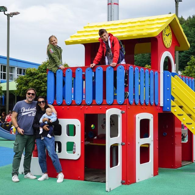 bimbi piccoli a Legoland
