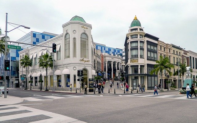 tour Rodeo Drive