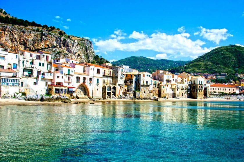 Cefalù mare Sicilia