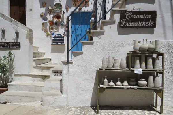 Peschici negozio tipico